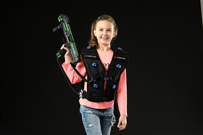 CYBERTAG 2.0 BLACK EDITION blaster and vest