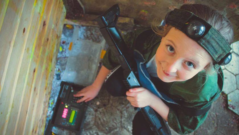 How to organize laser tag game